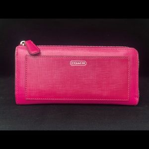 COACH HOT PINK PATENT LEATHER WALLET ZIP AROUND